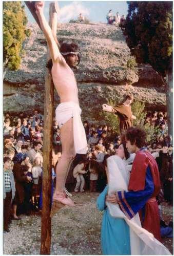 19782606-dialogo-cruz-drama-de-la-cruz-monte-calvario-alcorisa-06