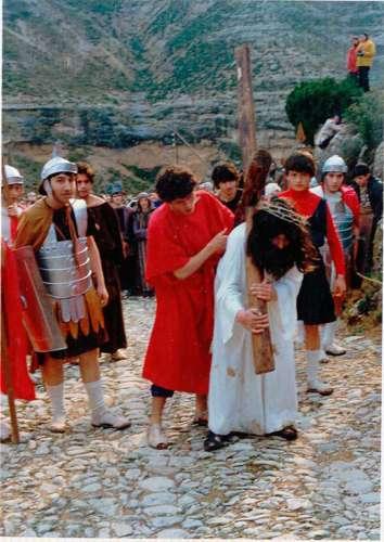 19811701-cirineo-drama-de-la-cruz-monte-calvario-alcorisa-01