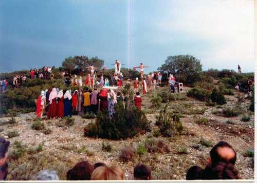 19812906-descendimiento-cristo-drama-de-la-cruz-monte-calvario-alcorisa-06