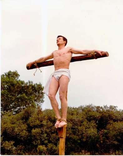 19832501-crucifixion-drama-de-la-cruz-monte-calvario-alcorisa-01