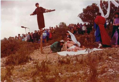 19833004-piedad-drama-de-la-cruz-monte-calvario-alcorisa-04