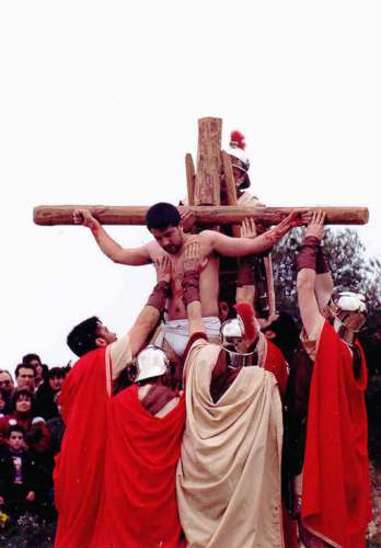 19962502-crucifixion-drama-de-la-cruz-monte-calvario-alcorisa-02