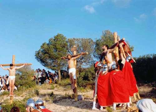19972504-crucifixion-drama-de-la-cruz-monte-calvario-alcorisa-04