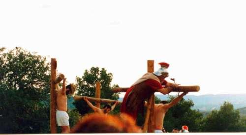 20012901-descendimiento-cristo-drama-de-la-cruz-monte-calvario-alcorisa-01