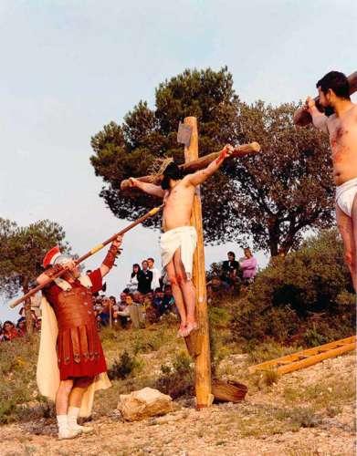 20032702-muerte-drama-de-la-cruz-monte-calvario-alcorisa-02