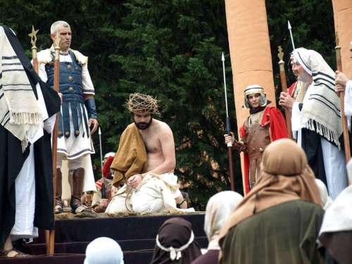 20111202-condena-muerte-drama-de-la-cruz-monte-calvario-alcorisa-02