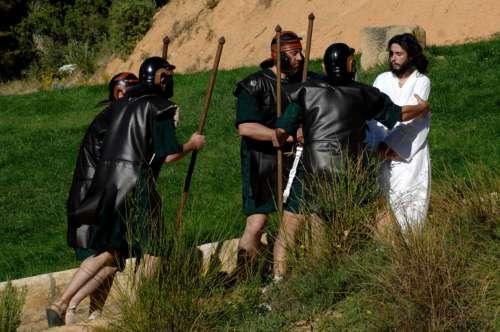 20140707-prendimiento-drama-de-la-cruz-monte-calvario-alcorisa-07