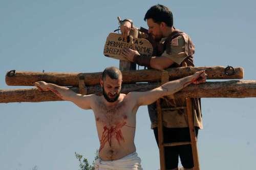 20172509-crucifixion-drama-de-la-cruz-monte-calvario-alcorisa-09